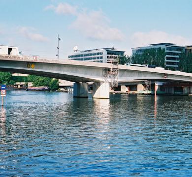 Réparation du Pont d'ISSY-LES-MOULINEAUX
